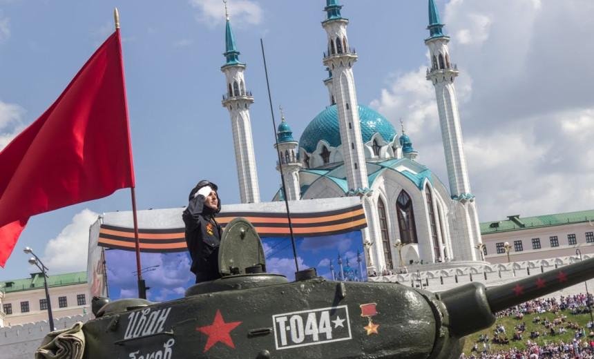 День Победы-2021 в Казани: афиша, транспорт и ограничения 9 мая