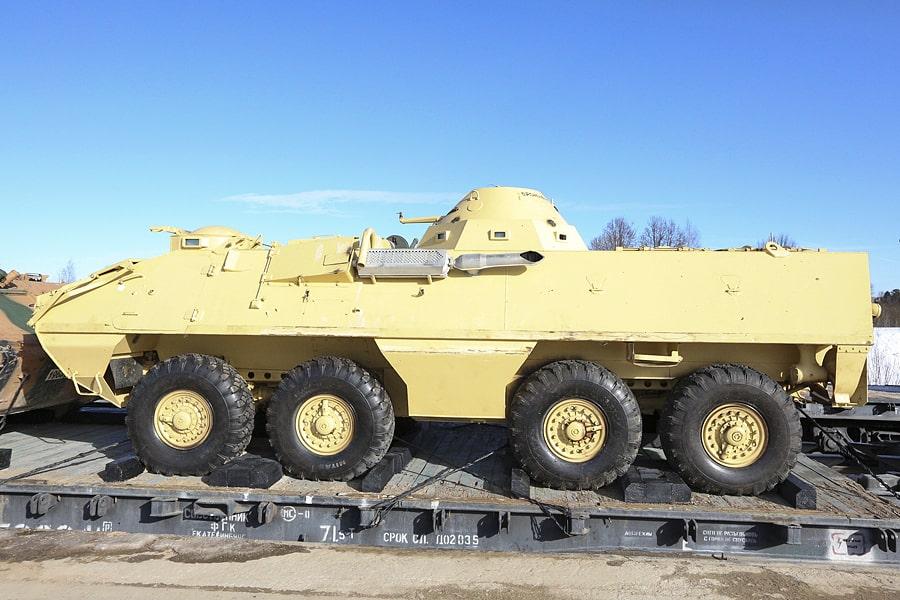 ОТ-64 — чехословацкий бронетранспортёр. Удивительно, насколько многонациональная техника оказалась в руках боевиков.