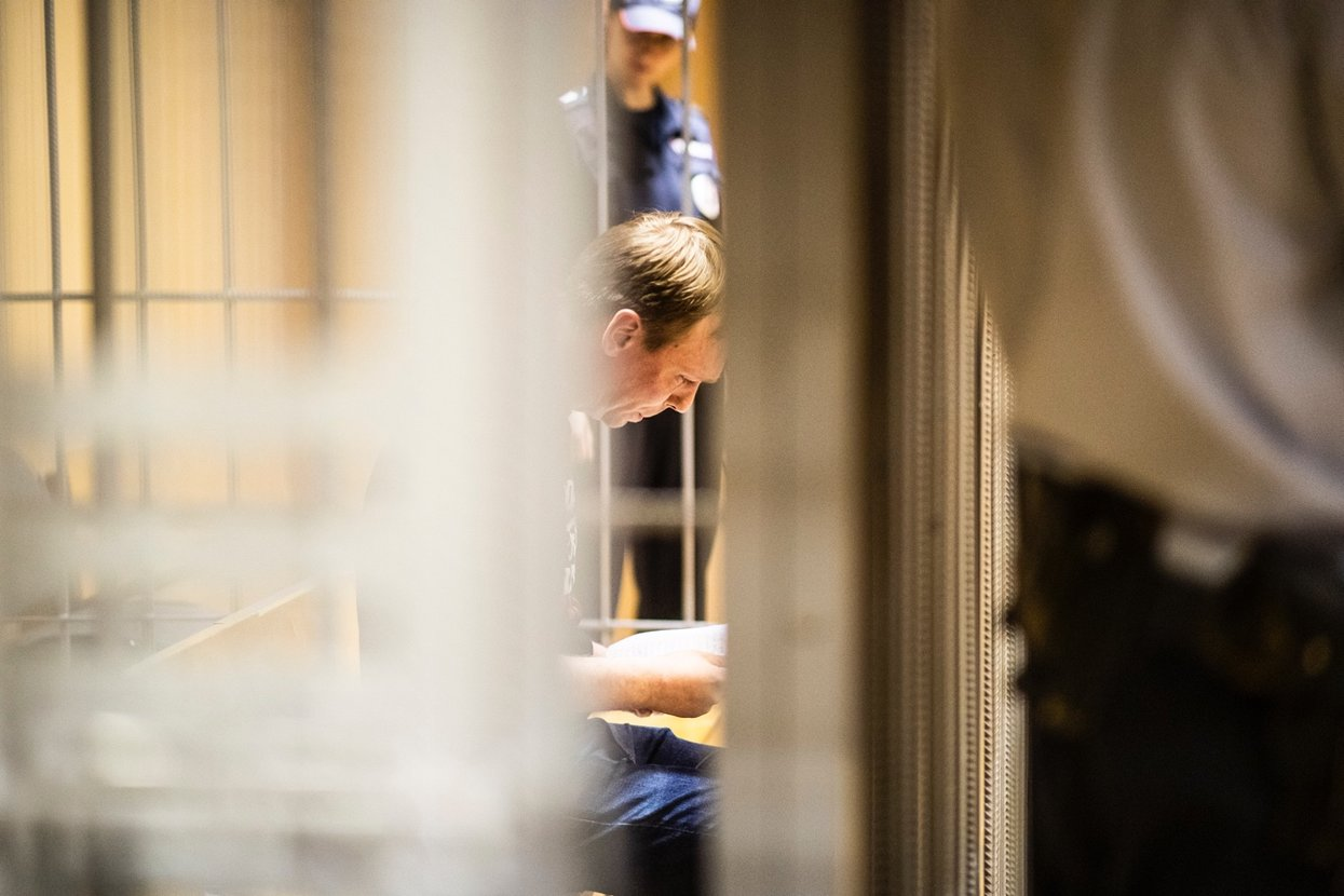 Иван Голунов о своем деле: «Это из-за похоронного бизнеса. Мне поступали угрозы». Фото: Евгений Фельдман для «Медузы».