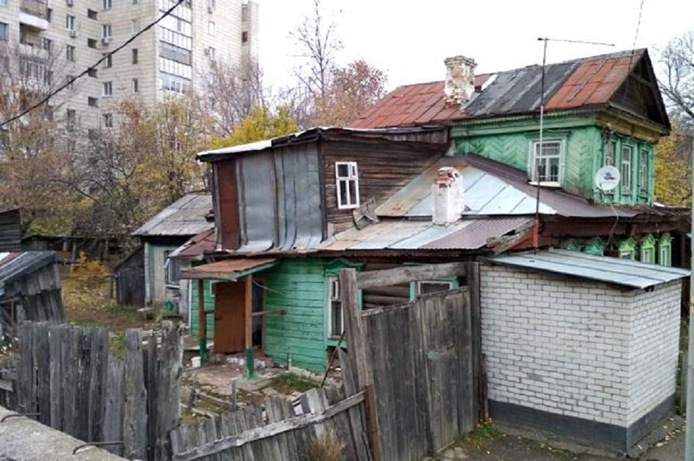 До сегодняшнего дня бабушка Бибинур жила в этом доме.