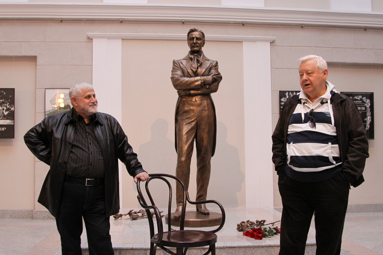 Александр Славутский и Олег Табаков
