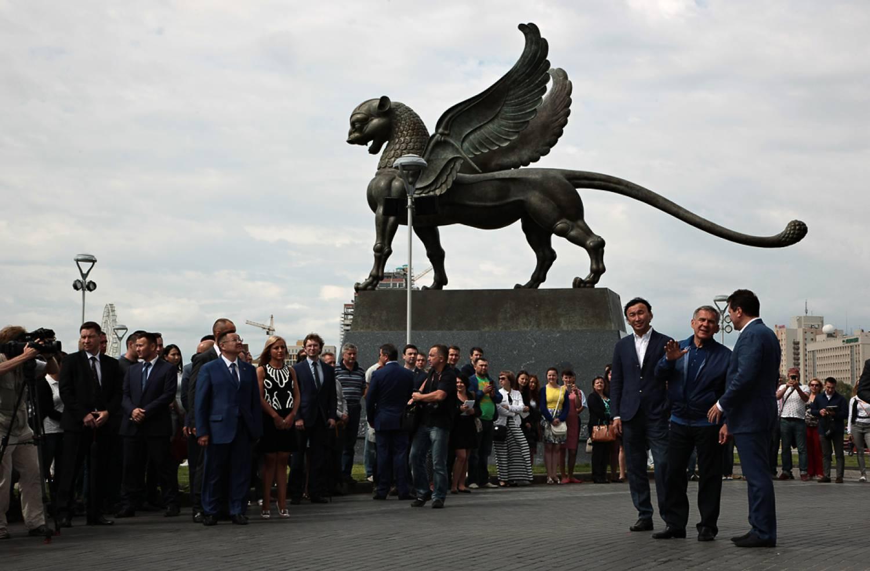 Антимонопольщики назвали установку скульптур у Центра семьи «Казан» нарушением 1