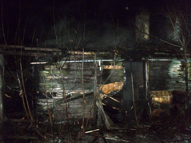 Два человека сгорели напожаре вКазани