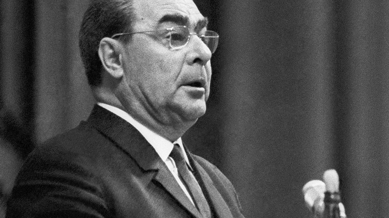 Решающее слово о вводе войск было за Леонидом Брежневым